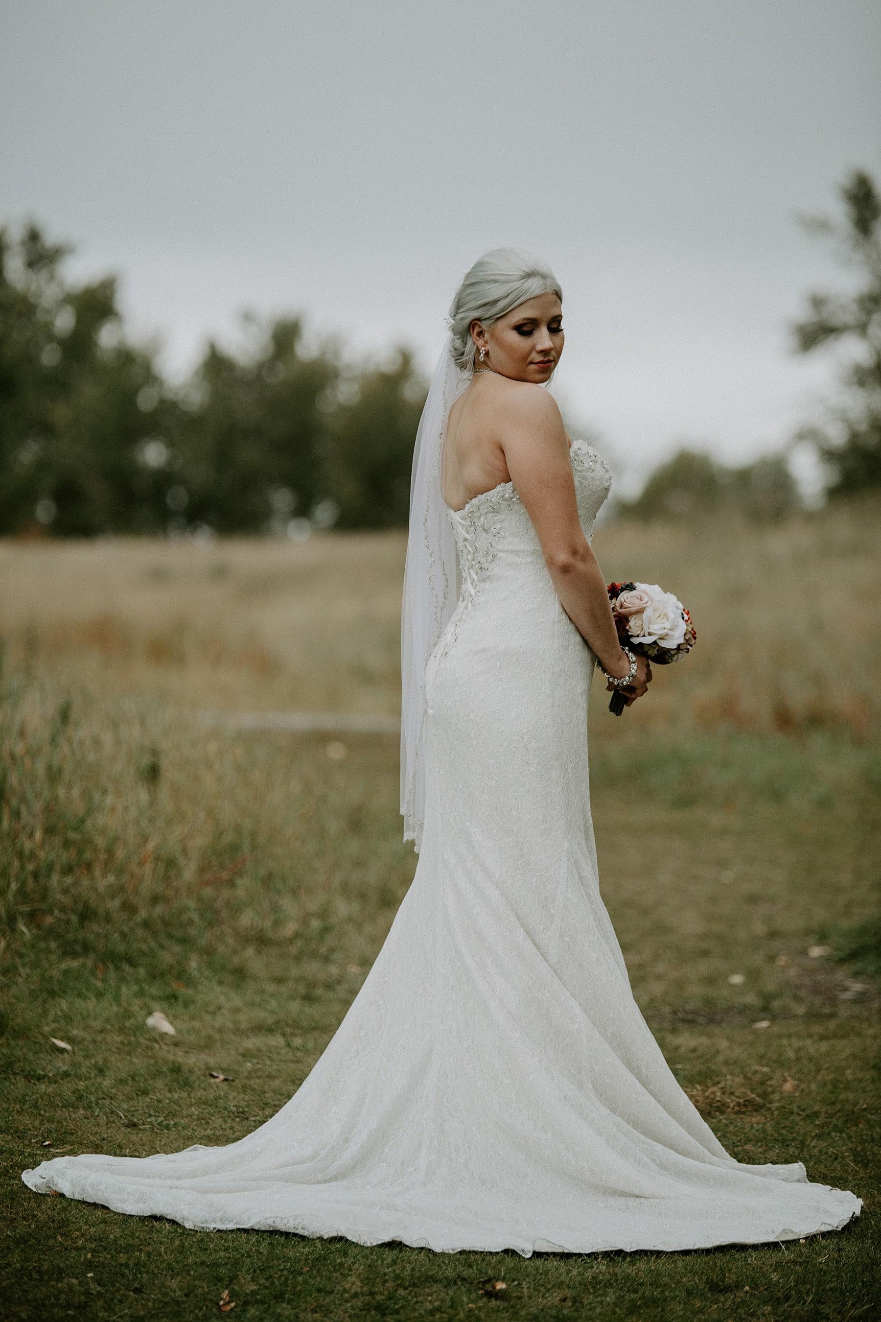 Calgary Wedding Photographer Glenmore Inn Wedding