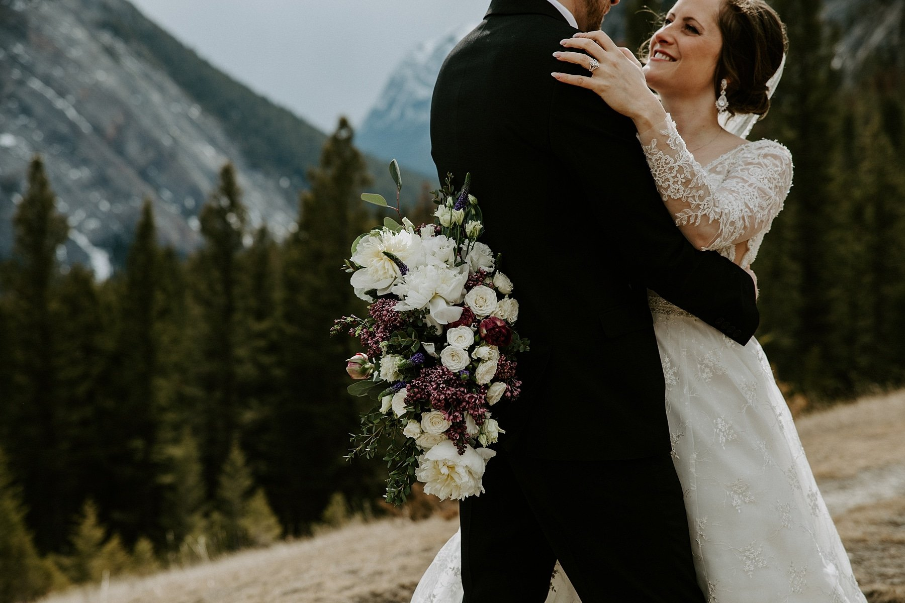 Tunnel Mountain Wedding in Banff