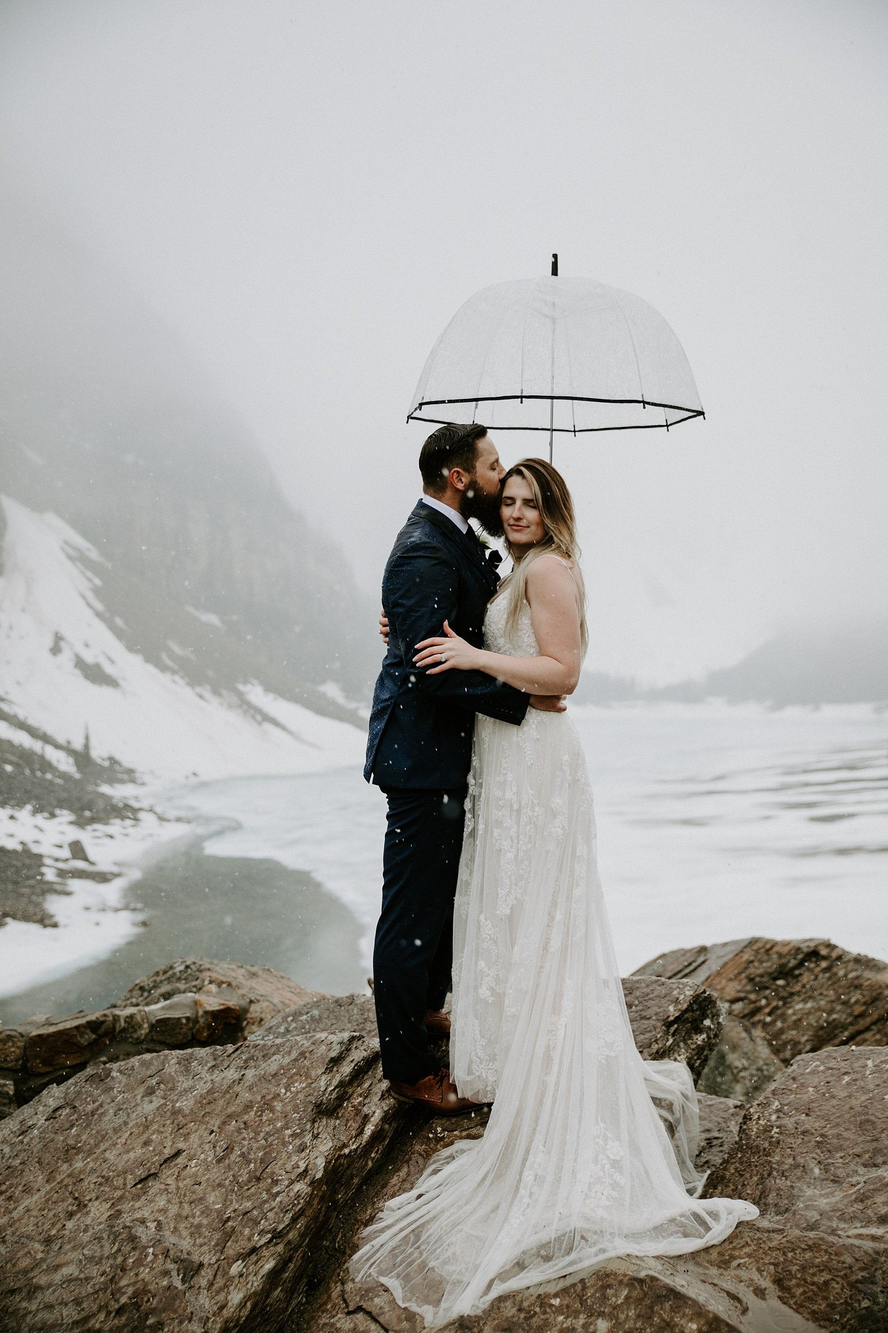 Moraine Lake wedding photos in the snow