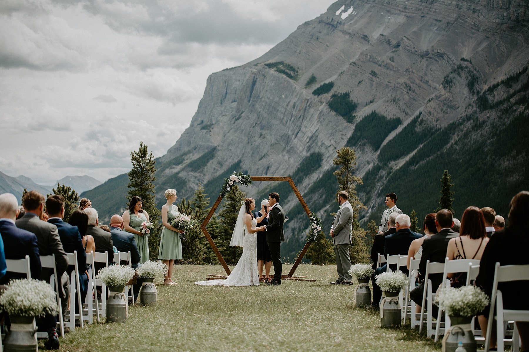 Banff wedding ceremony at tunnel mountain