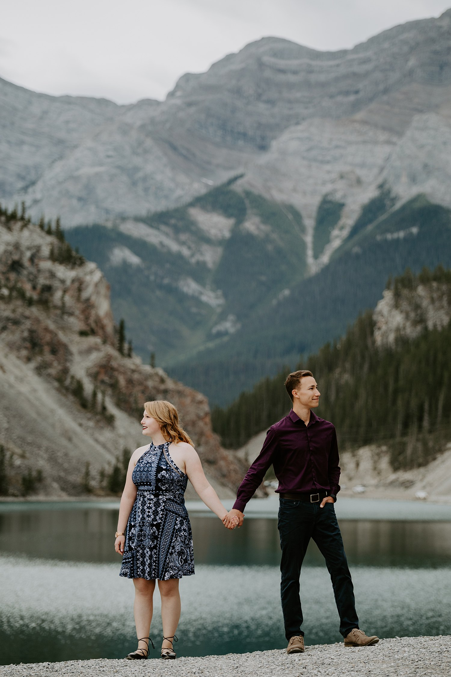 Adorable Mountain Engagement Session in Canmore at Whitemans Pond